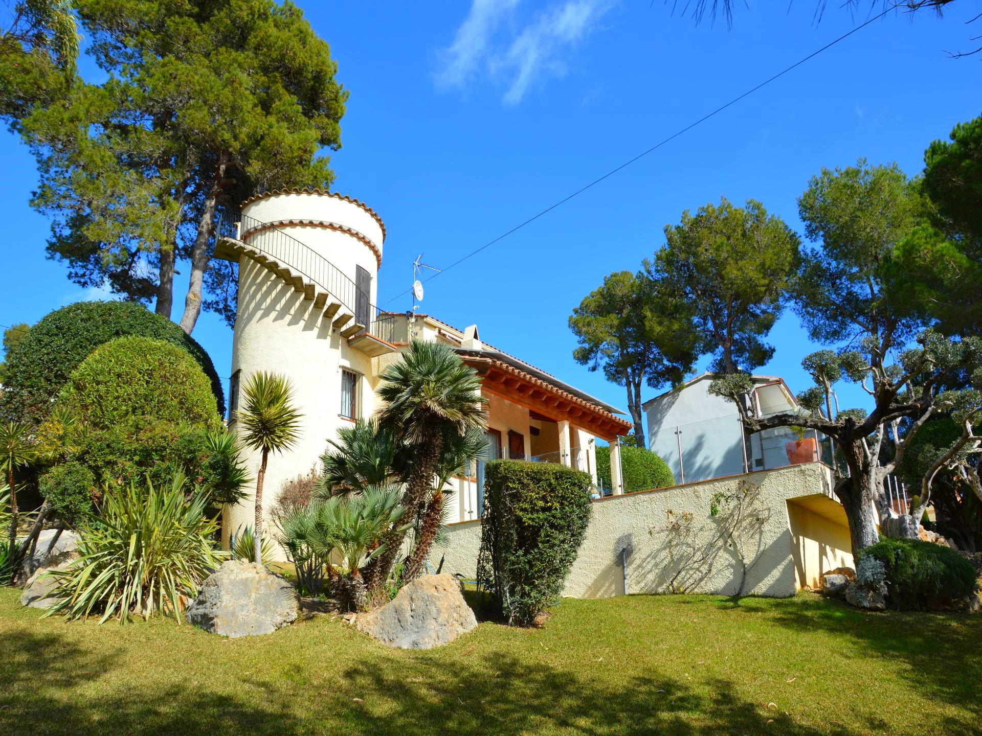 Villa -                                       L´estartit -                                       4 dormitorios -                                       8 ocupantes