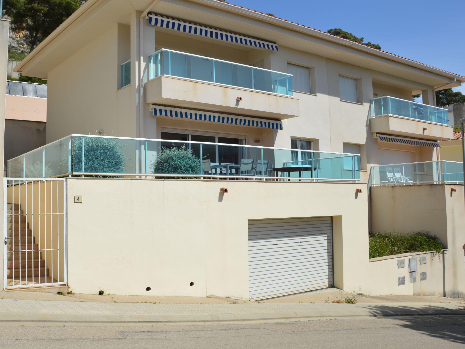 Villa -                                       L´estartit -                                       3 dormitorios -                                       6 ocupantes