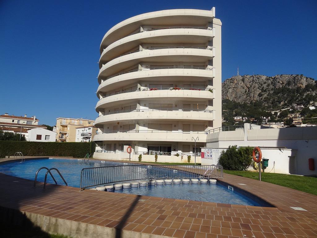Apartamento -                                       L´estartit -                                       3 dormitorios -                                       8 ocupantes