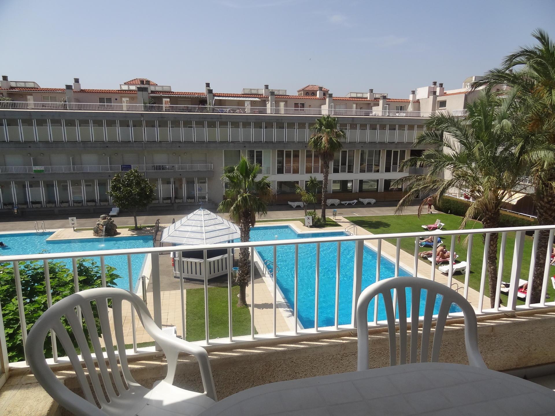 Apartamento -                                       L´estartit -                                       3 dormitorios -                                       6 ocupantes