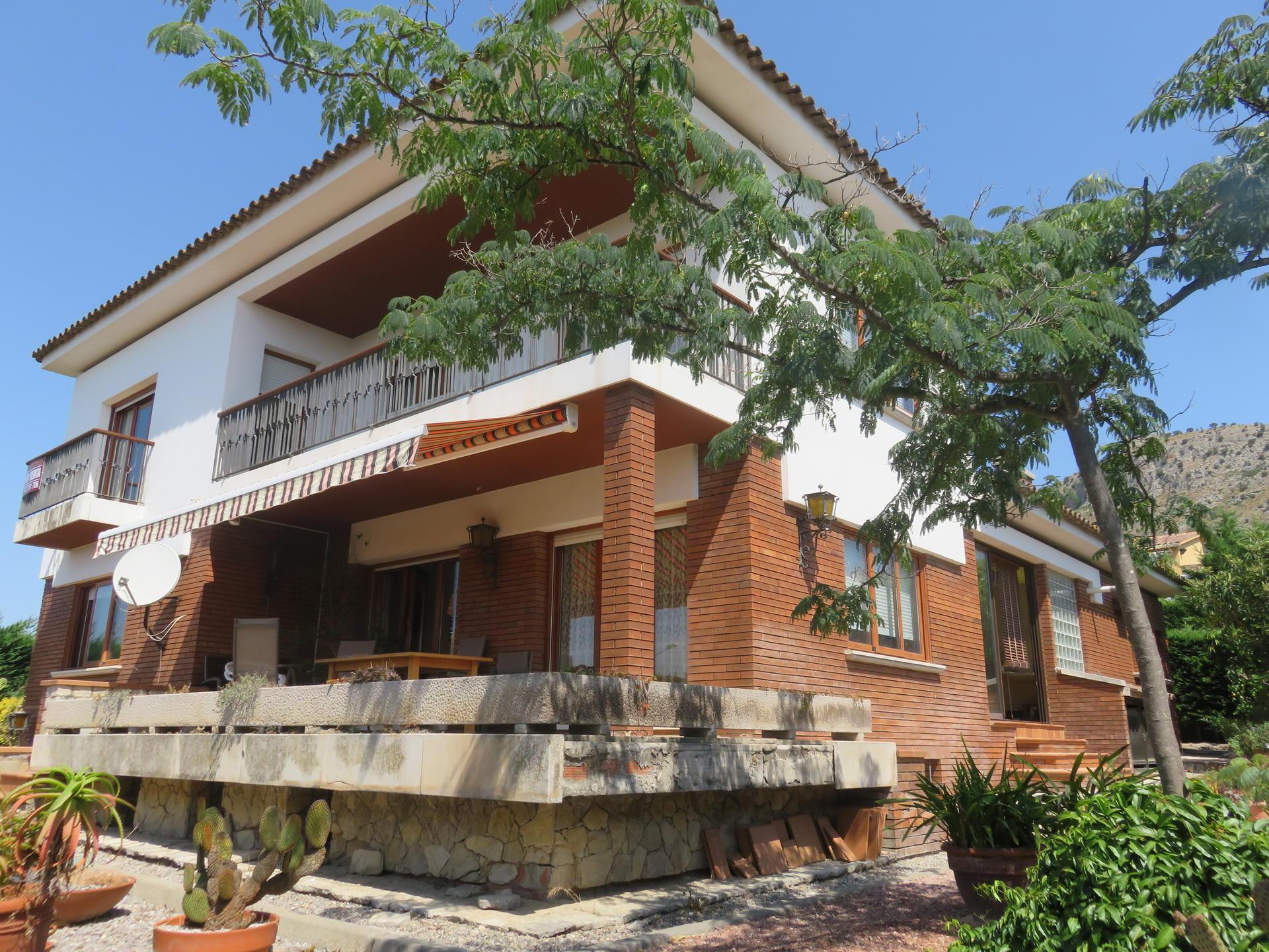 Casa -                                       Torroella De Montgrí -                                       5 dormitorios -                                       0 ocupantes