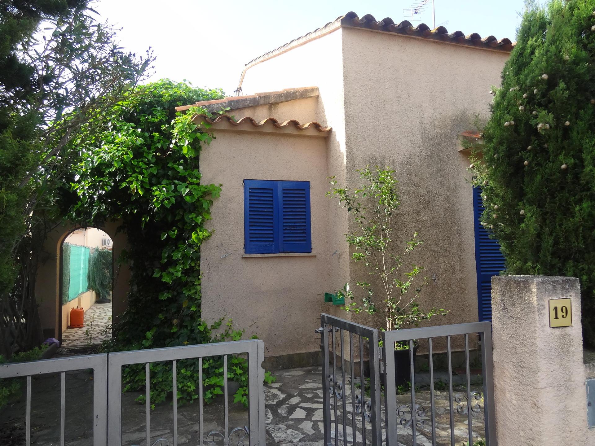 Casa -                                       Bellcaire D´empordà -                                       3 dormitorios -                                       0 ocupantes